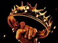 Krone von Hand gepackt. Rechte bei HBO.