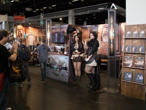 Steampunk Ameryll Stand